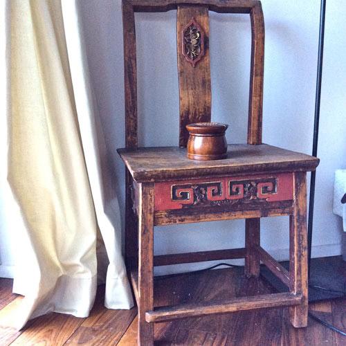Chaise stylée de la chambre Zenith